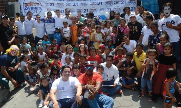 Jóvenes CREO cumplen campaña social de educación en la lucha contra las drogas