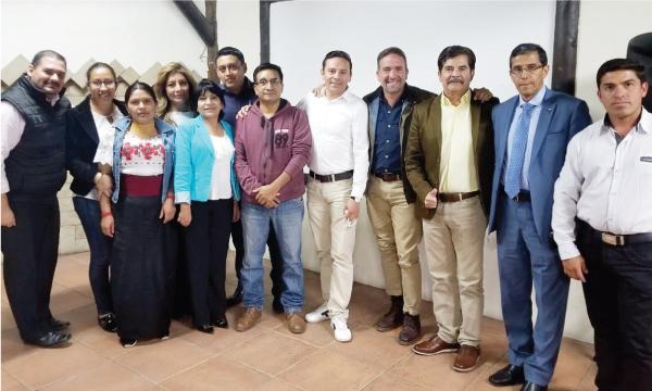 En Riobamba CREO coordina el trabajo político con sus autoridades seccionales