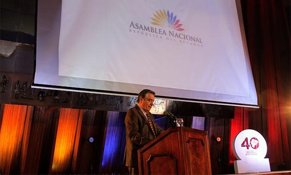 Asambleísta Patricio Donoso inauguró las jornadas de culturales y académicas de los 40 años de Democracia.