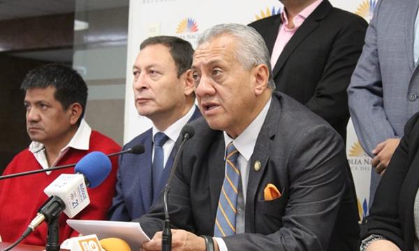 Bloque de CREO presenta apoyo a iniciativa regional en favor de la estabilidad Democrática