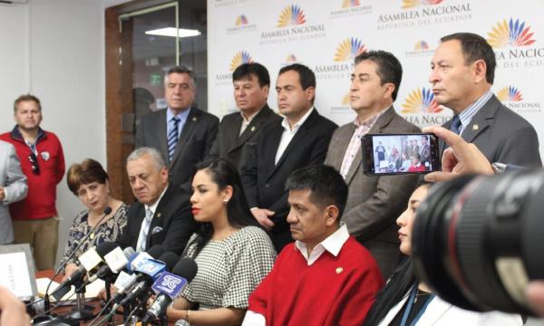 Se formaliza el pedido de Juicio Político contra Atamaint para evitar otro fraude electoral