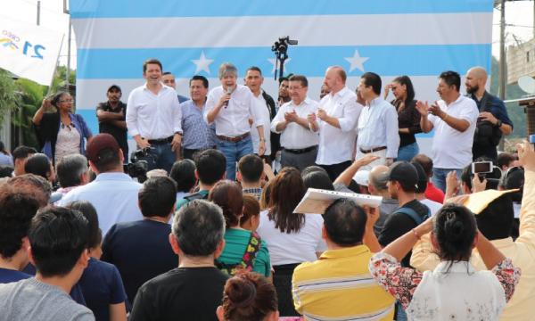 Lasso mantiene un encuentro ciudadano con sus líderes territoriales de Guayaquil