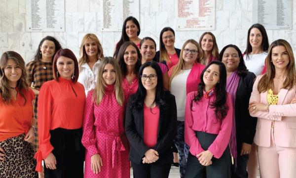 CREO cumple jornada de trabajo en encuentro latinoamericano de mujeres en política