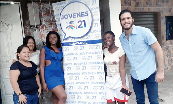 Jóvenes CREO posesiona a su nueva directiva en la parroquia Febres Cordero