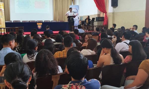 Jóvenes CREO continúa su trabajo de formación con el Centro de Alto Rendimiento Político