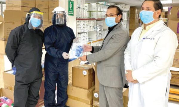 Iniciativa #SalvarVidasEc apoya con equipos e insumos médicos al Hospital General de Ambato