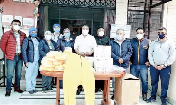 Iniciativa #SalvarVidasEC apoya con equipos e insumos médicos a San Pedro de Huaca