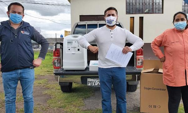 Guillermo Lasso y #SalvarVidasEC llega con nueva donación de respiradores e insumos médicos a Machachi