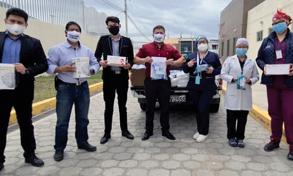La iniciativa #SalvarVidasEC entregó equipos médicos en San Antonio de Pichincha