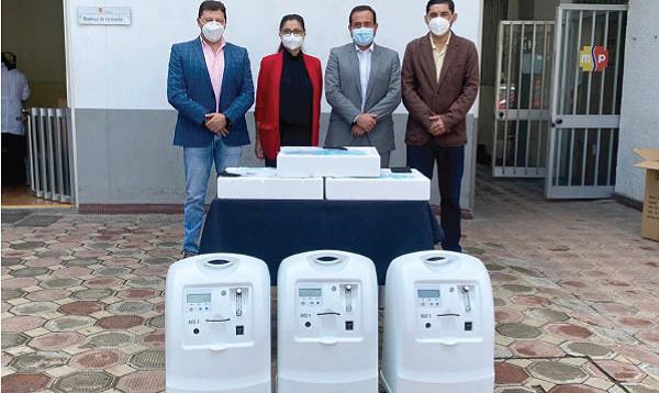 Iniciativa Salvar Vidas llega con ayuda nueva para el hospital de Azogues