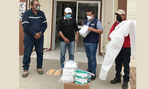 SalvarVidasEC llega con insumos médicos a Centros de Salud de La Libertad