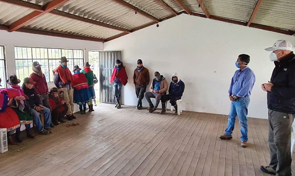 Borrero y SalvarVidas llegar con ayuda a la provincia de Chimborazo afectada por la caída de ceniza