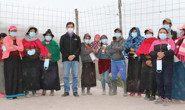 CREO Chimborazo llega con ayuda a los afectados por ceniza en Alausí