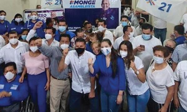 Vera inaugura central en El Triunfo y lleva las propuestas del binomio Lasso-Borrero