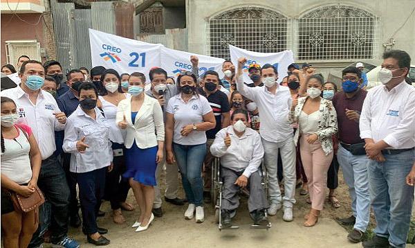 Candidatos del Distrito 4 de Guayas llevan propuestas de Lasso-Borrero a Lomas de Sargentillo