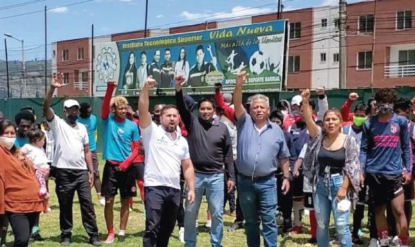 En el sur de Quito se entregó mascarillas a deportistas