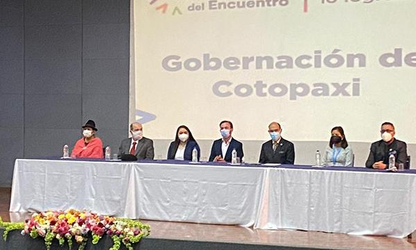 Oswaldo Coronel se posesionó como gobernador de Cotopaxi