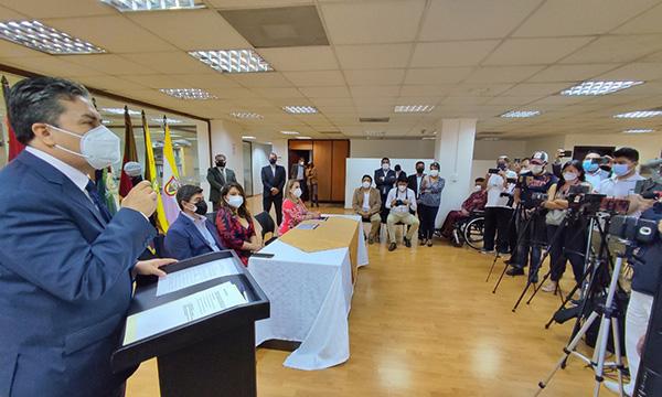 Marcelo Simbaña asumió funciones como gobernador de Imbabura
